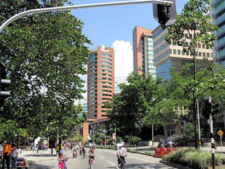 Avenida Poblado, Medellín, Colombia