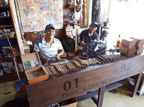Mundo Puro shop in the DR