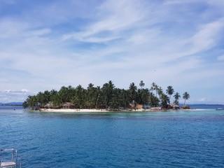 An white sand island