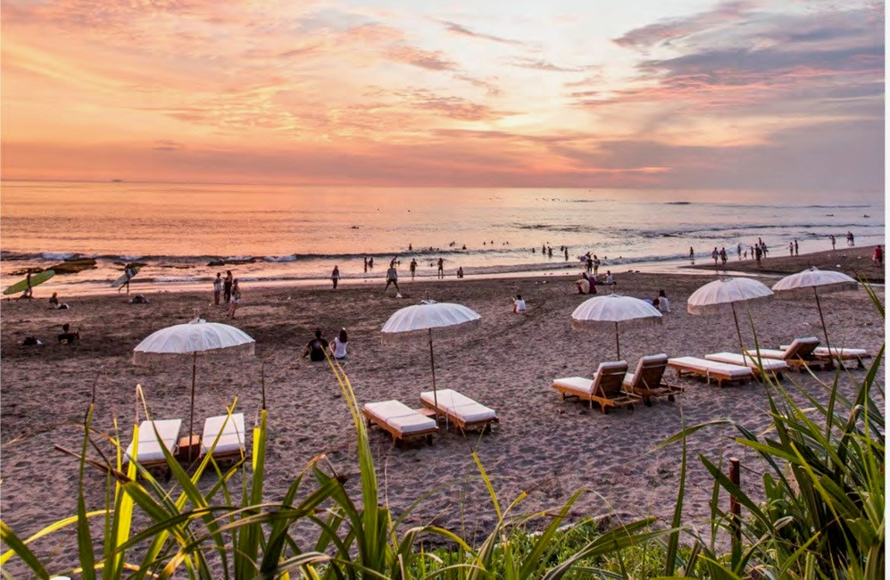 Beach in Canggu, Indonesia at sunset
