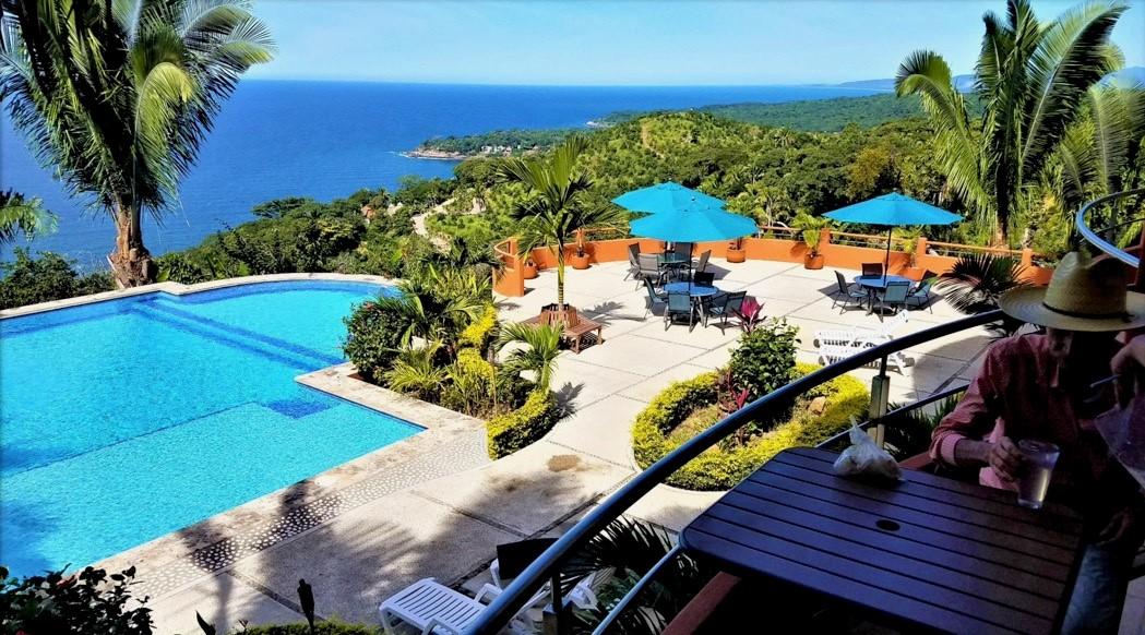 Eco resort in Puerto Vallarta with beautiful pool